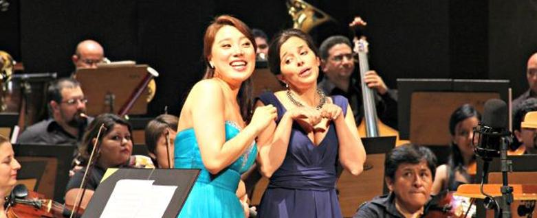 Sopranos Sumi Hwang e Jodie Devos em turnê pelo Brasil