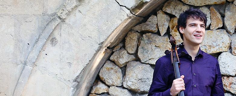 Violoncelista francês Victor Julien-Laferrière realiza turnê inédita pelo Brasil
