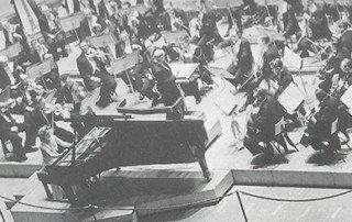 Magda Tagliaferro e Maestro Gaston Poulet regendo a London Symphony Orchestra